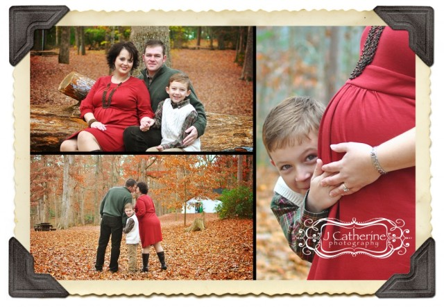 Christmas family portraits while pregnant